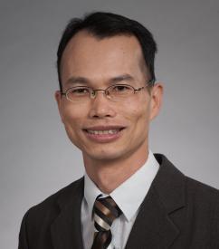 Ken Zhang Headshot